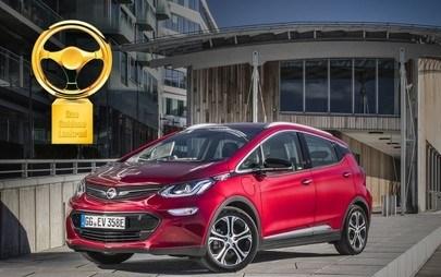 """Opel Ampera-e câştigă premiul """"Volanul de aur 2017"""""""