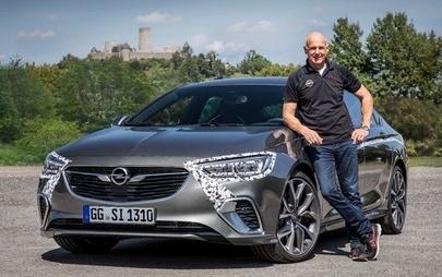Noul Opel Insignia GSi cucerește Nürburgring Nordschleife