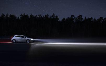 """Tehnologie de iluminare pentru toată lumea: ediția specială Opel Astra """"120 Years"""""""
