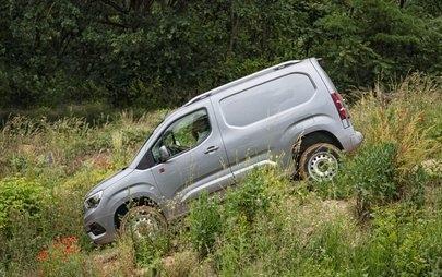 Aderență optimă: tracțiune integrală pentru noul Opel Combo Cargo
