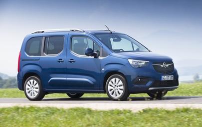 """Opel Combo Life este printre cei """"6 finaliști"""" AUTOBEST"""