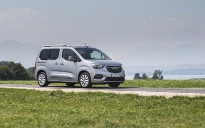Opel va avea două premiere mondiale la Salonul Auto Internațional pentru Autovehicule Comerciale: noul Combo Cargo și noul Opel Combo Life XL