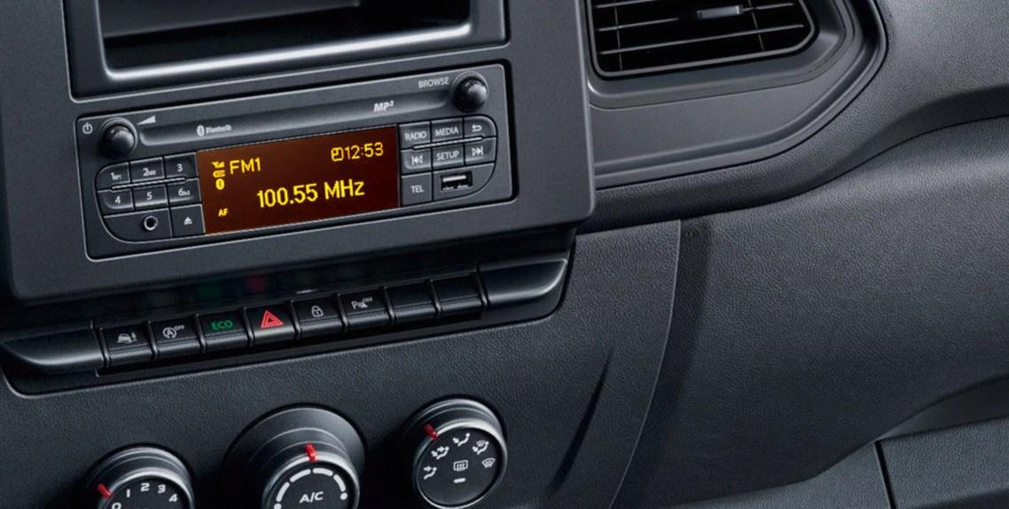 RADIO 15 USB